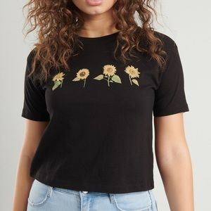 Garage black w/sunflowers favorite tee